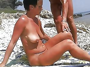Amateur Beach Masturbation Mature Pleasure