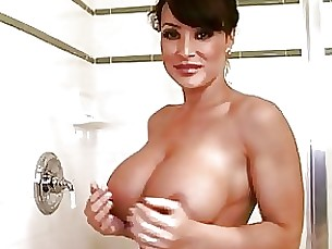 Babe Hot MILF Shower