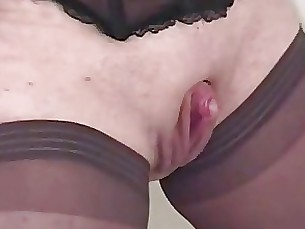 Amateur Beauty Crazy Handjob Kitty Masturbation Mature Wife