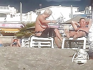Beach BBW MILF