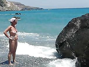 Marion on the beach