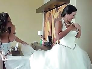 Cougar Fingering Lesbian Mature MILF Ride