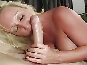 Cumshot Hot Mature MILF