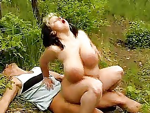 Big boobs BBW get laid in the wood
