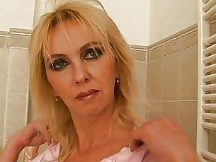 Bathroom Blonde Bus Busty Dildo Fuck Mammy Masturbation