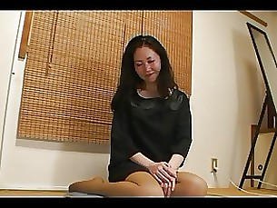 47yr old MILF Kyouka Tanzawa gets Crempied (Uncensored)