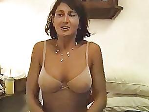 Amateur Blowjob Brunette Cute Masturbation MILF