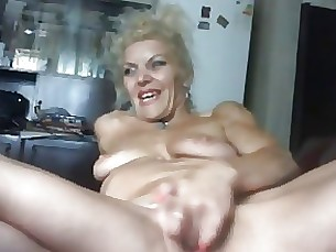 Amateur Blonde Hot Mature MILF Webcam