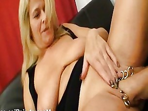 Amateur Blonde Couple Fetish Fisting Kitty Masturbation Mature