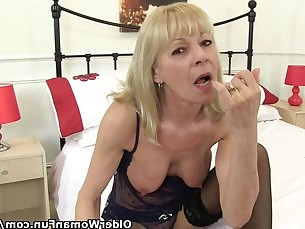 Amateur Blonde Cougar Granny HD Mature Pleasure Pussy