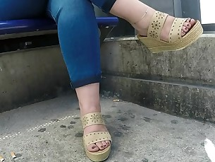 Amateur Foot Fetish Juicy MILF Public