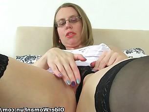 Dildo HD Mammy Masturbation Mature MILF Pussy Solo