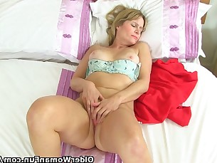 Mammy Masturbation Mature MILF Playing Striptease Tease