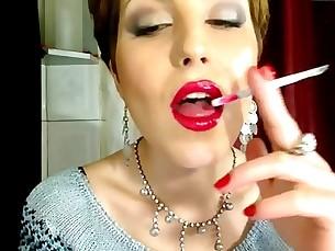 18-21 Babe Beauty Fetish Homemade Kinky Kiss MILF