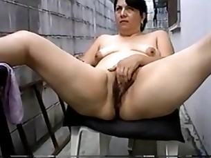 Amateur Ass Close Up Mammy Masturbation Mature MILF Outdoor