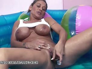 Amateur Big Tits Boobs Bus Busty Cougar Dildo Homemade
